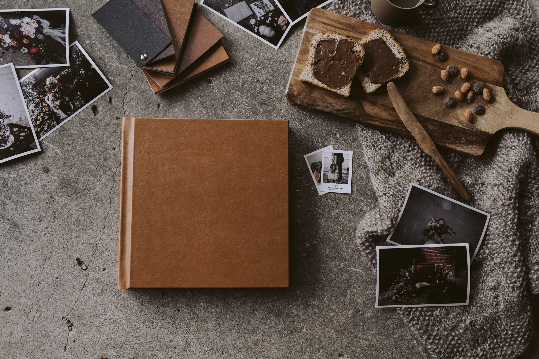 Testing out the  Momento Pro  flush mount wedding albums, this beauty in Butterscotch leather.