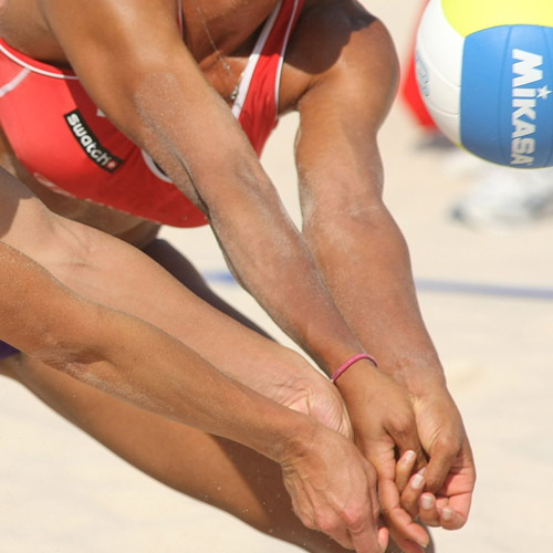 BEACH VOLLEYBALL - Stronger wrist control.