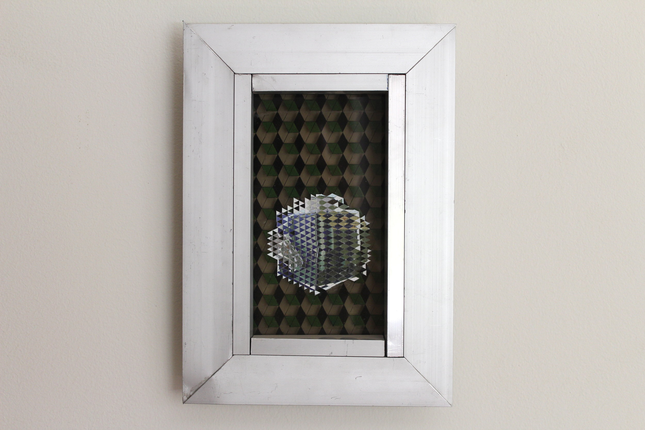Gravity Stoners (TQSC), 2018, Aluminium - glass - vinyl - catalog, 34.4 x 24.2 x 4 cm.