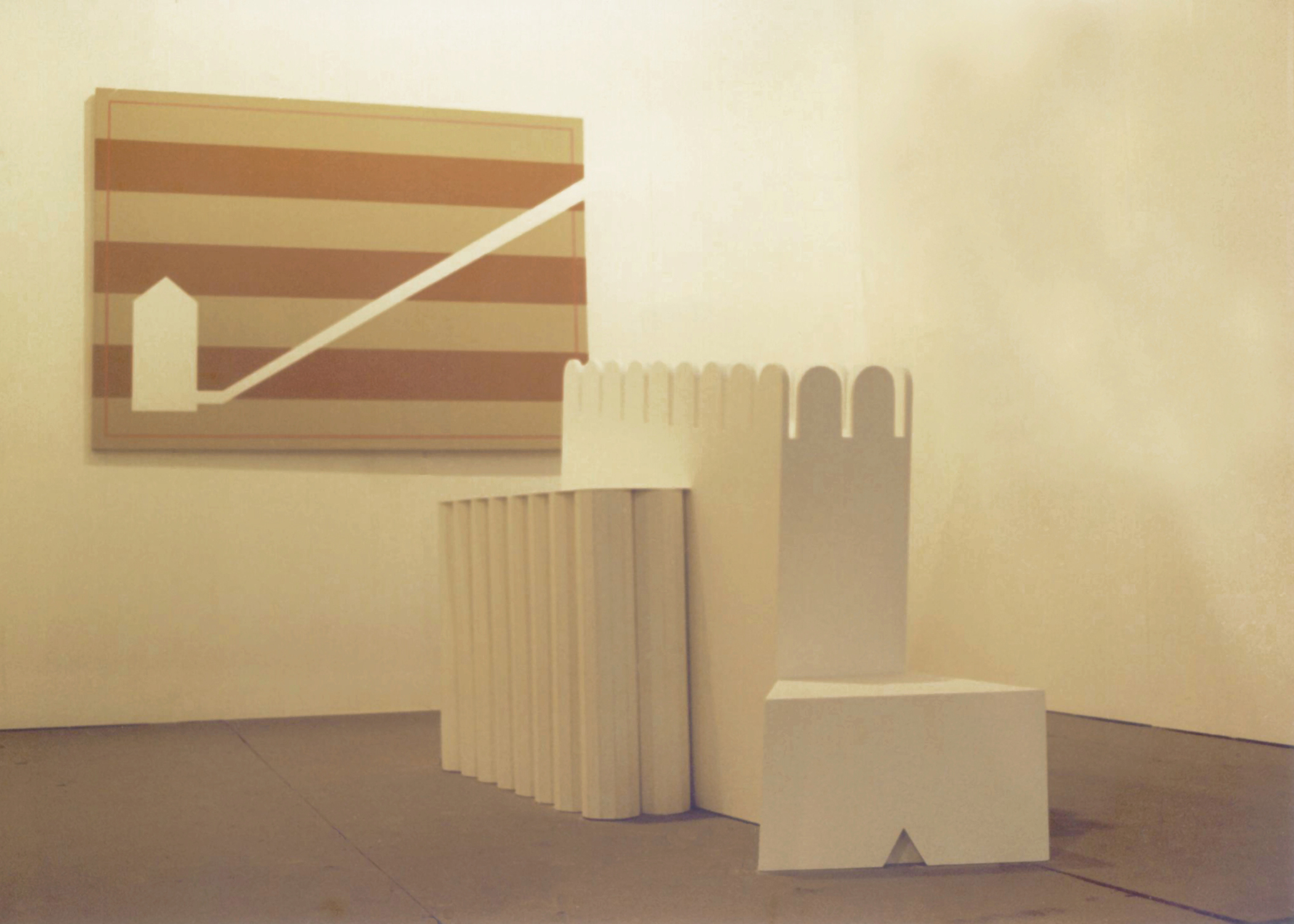 Burial Chamber I, 1998, sculpture: painted wood, 200 x 122 x 122 cm and painting: Chamber, 1998, acrylic on canvas,140 x 100 cm. Installation view. Courtesy: La Gaia Collection, Italy