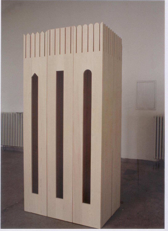 The Castle, 1996, natural polished wood, 120 x 80 x 225 cm. Installation view. Düsseldorf fine arts Academy, Düsseldorf, Germany