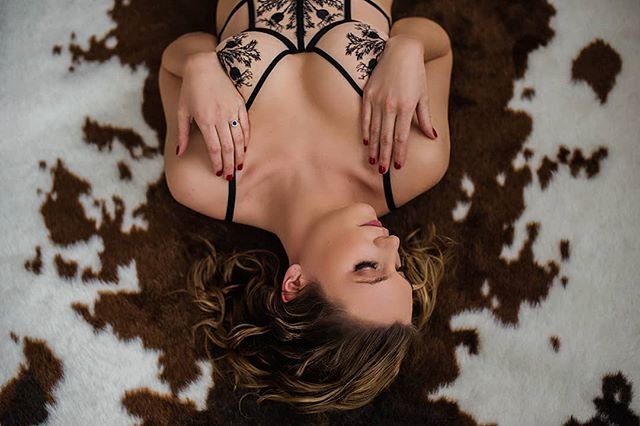 Obsessing over the details of this lingerie 😍  .⠀ .⠀ .⠀ .⠀ .⠀ .⠀ .⠀ #thistleandspire #fortywinkshs #boudoirphotographers #macheriestudios #moodylighting #moodyboudoir #thosecurves #showsomeskin #boudoir #boudoirposingideas #boudoirphotography #bostonphotographer #newenglandboudoir #highwaistedlingerie #livepassionately #darkboudoir #beyourself #selfloveeverydamnday #everyBODYisbeautiful #strongisbeautiful #thecreatorclass #boudoirphotographer #domorewearless #lingerie #boudoirinspiration #boudoirshoot #curves #boudoirphotos #selflove #somethingboudoir