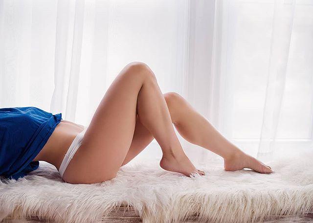 Legs for daaaaays 😍🔥⠀ ⠀ .⠀⠀ .⠀⠀ .⠀⠀ .⠀⠀ .⠀⠀ .⠀⠀ .⠀⠀ .⠀⠀ #showsomeskin #boudoirinspiration #boudoirphotography #bostonboudoir #celebrateyoursize #celebrateyourself #lovetheskinyourein #softskin #creamyskin #bostonphotography #bostonphotographer #intimate #intimateportraits #intimatestorytellers #visualcrush #youreworthit #everybodyisflawless #boudoirphotographer #lacelingerie #naturallightphotography #boudoirshoot #boudoirlingerie #boudoirlove #thatsdarling #visualcrush #newenglandboudoir #boudoir #thosedetails #legsfordays #thoselegs⠀
