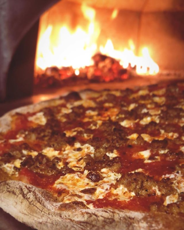 sausage pie on the way to your belly #za #getsome #woodfired