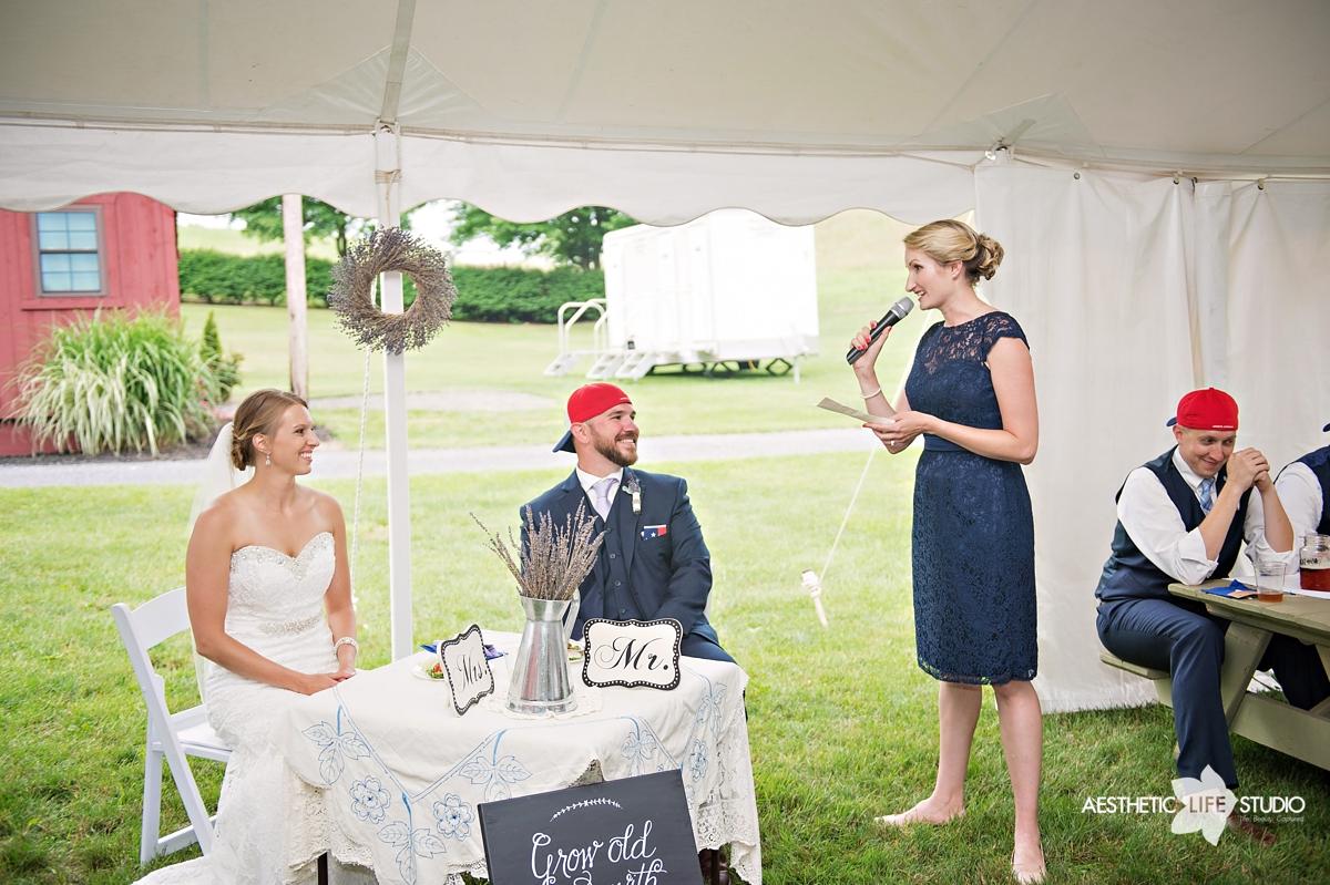 rustic_barn_wedding_083.jpg