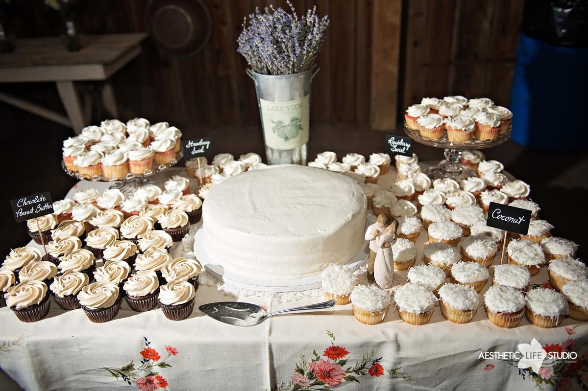 rustic_barn_wedding_085.jpg