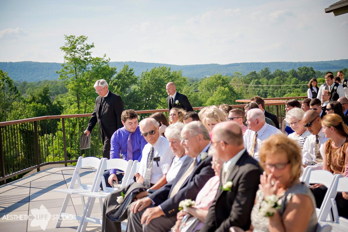 liberty mountain resort highland lodge overlook wedding -61.jpg