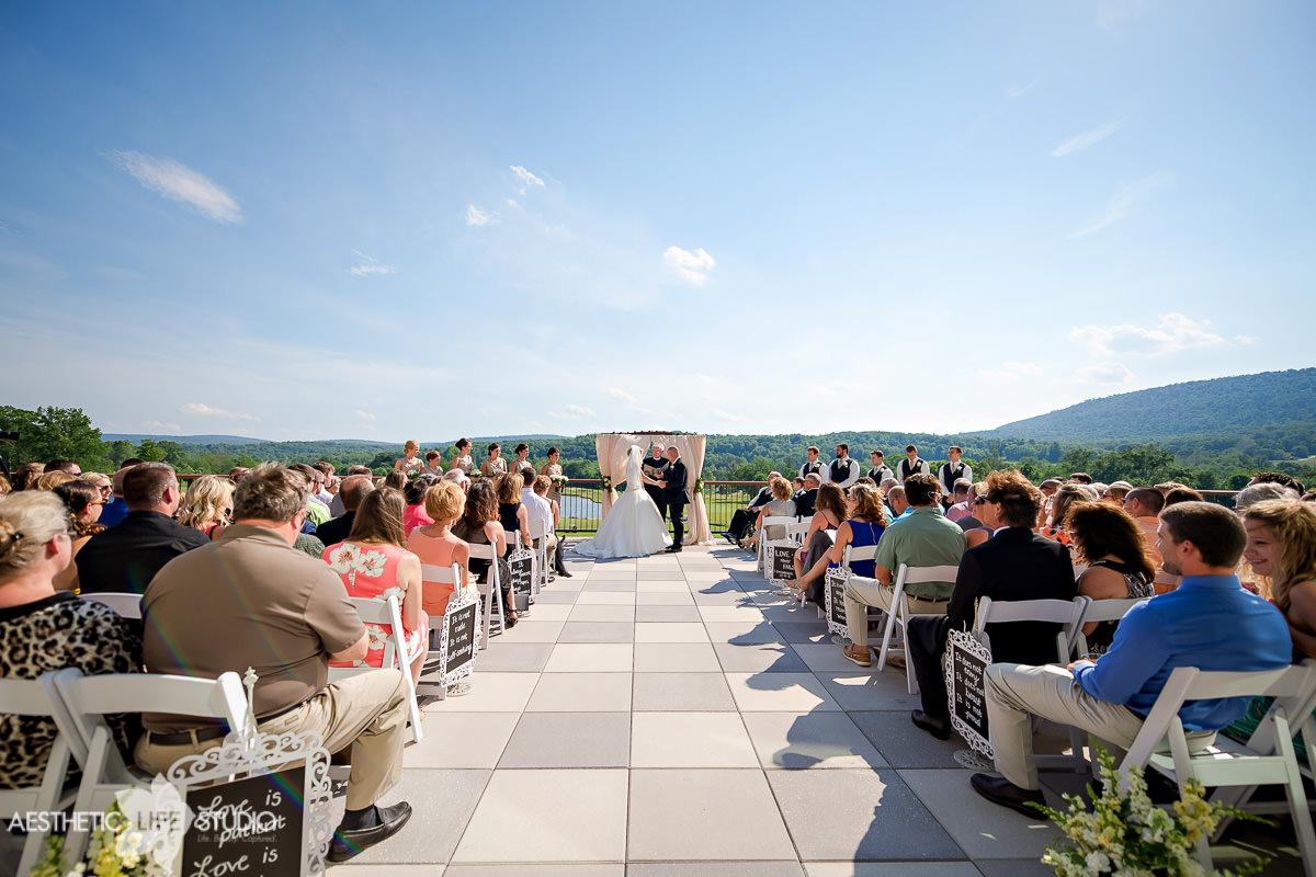 liberty mountain resort highland lodge overlook wedding -75.jpg