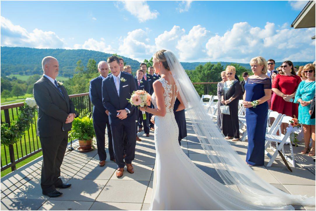 Highland Lodge Liberty Mountain Resort Wedding 025.jpg