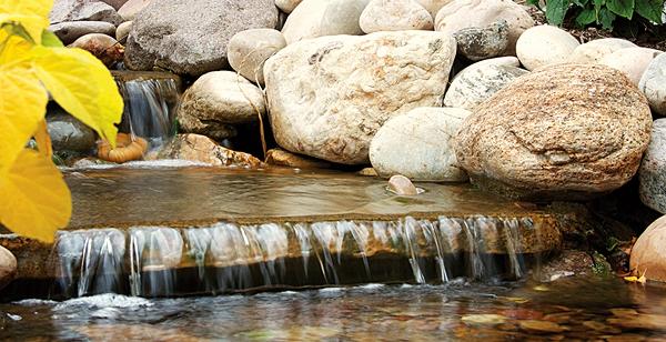 Mott's Landscaping-Jordan's waterfall.jpg
