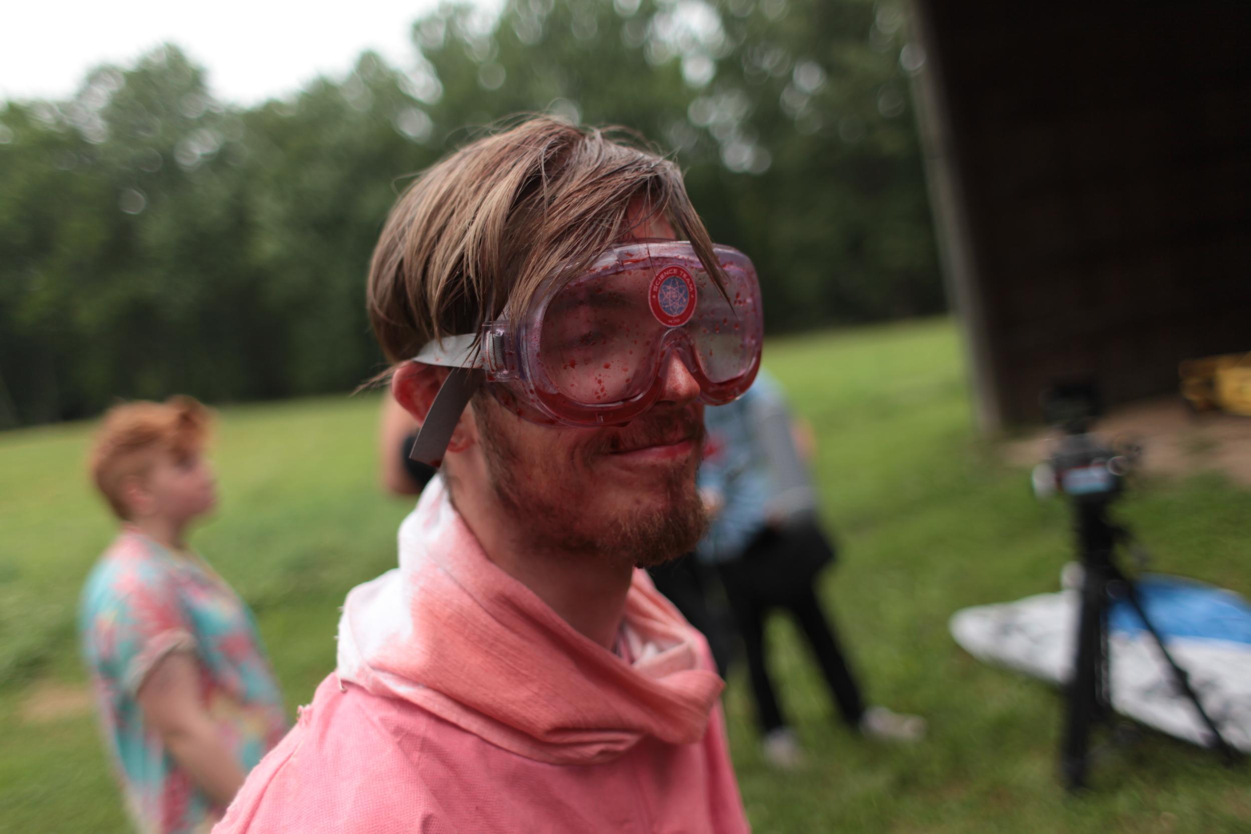 Criss Nichols (Pink Man, production assistant)