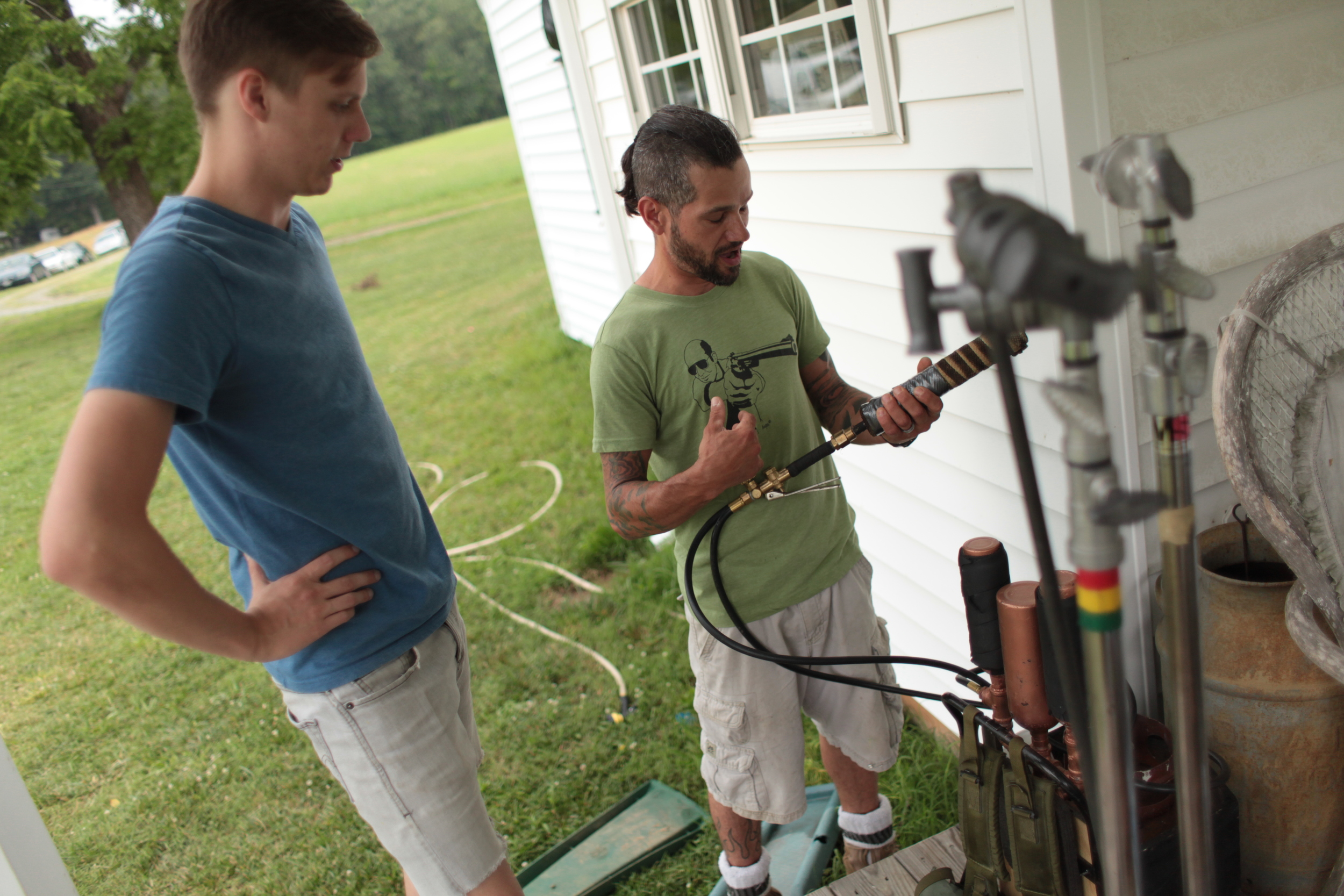 """William Robinette (director of photography) and Reef Clem (""""The Sanitizer"""")"""