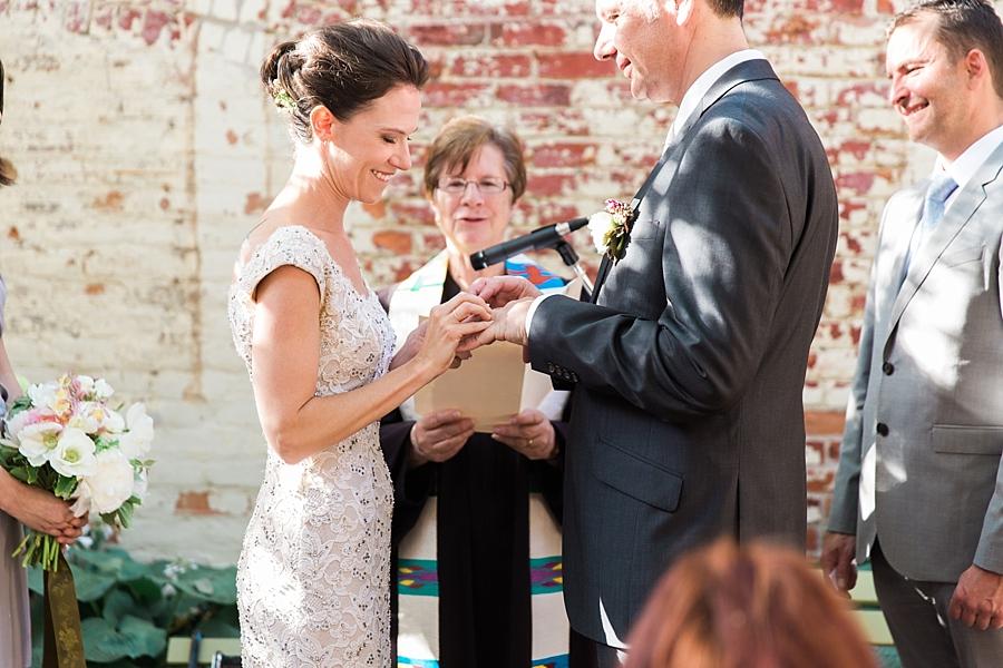 Michigan_Wedding_Photographer_0073.jpg