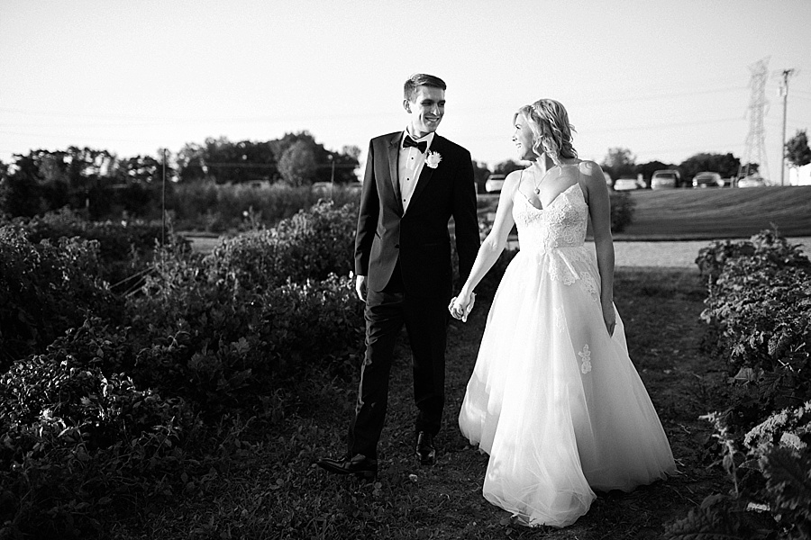 JR_Magat_Photography_Zingermans_Cornman_Farms_Wedding_0102.jpg
