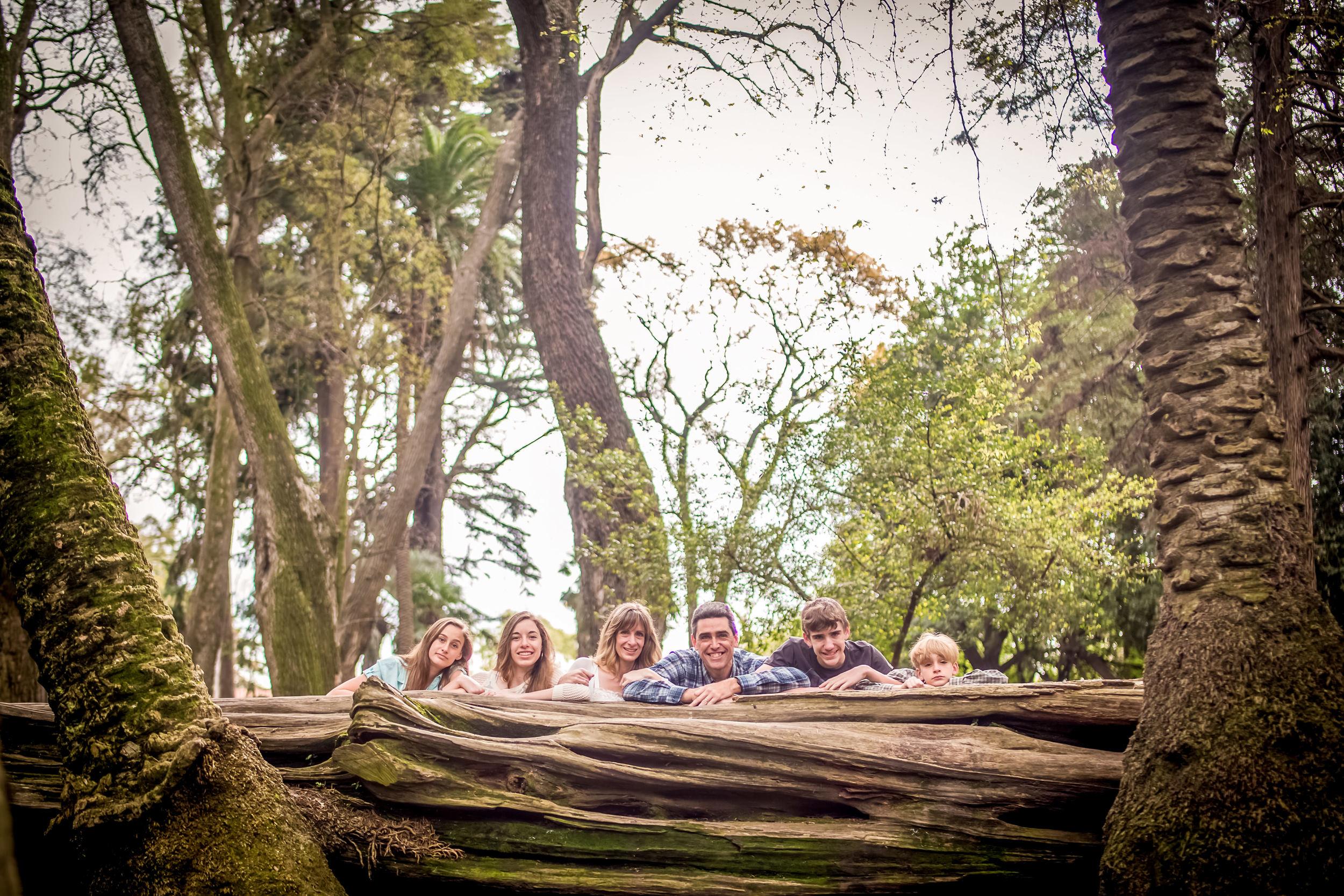 Family Photoshoot-1079.jpg
