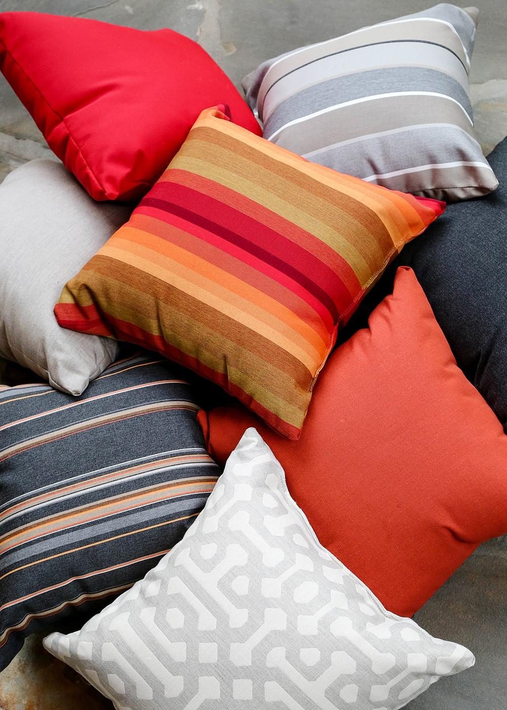 pillowsss.jpg