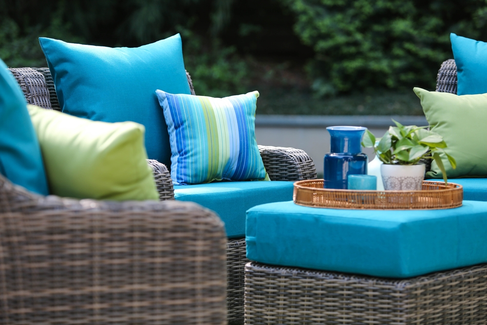 AE-Outdoor-Cherry-Hill-Outdoor-Patio-Furniture-5pc-Chat-5.jpg