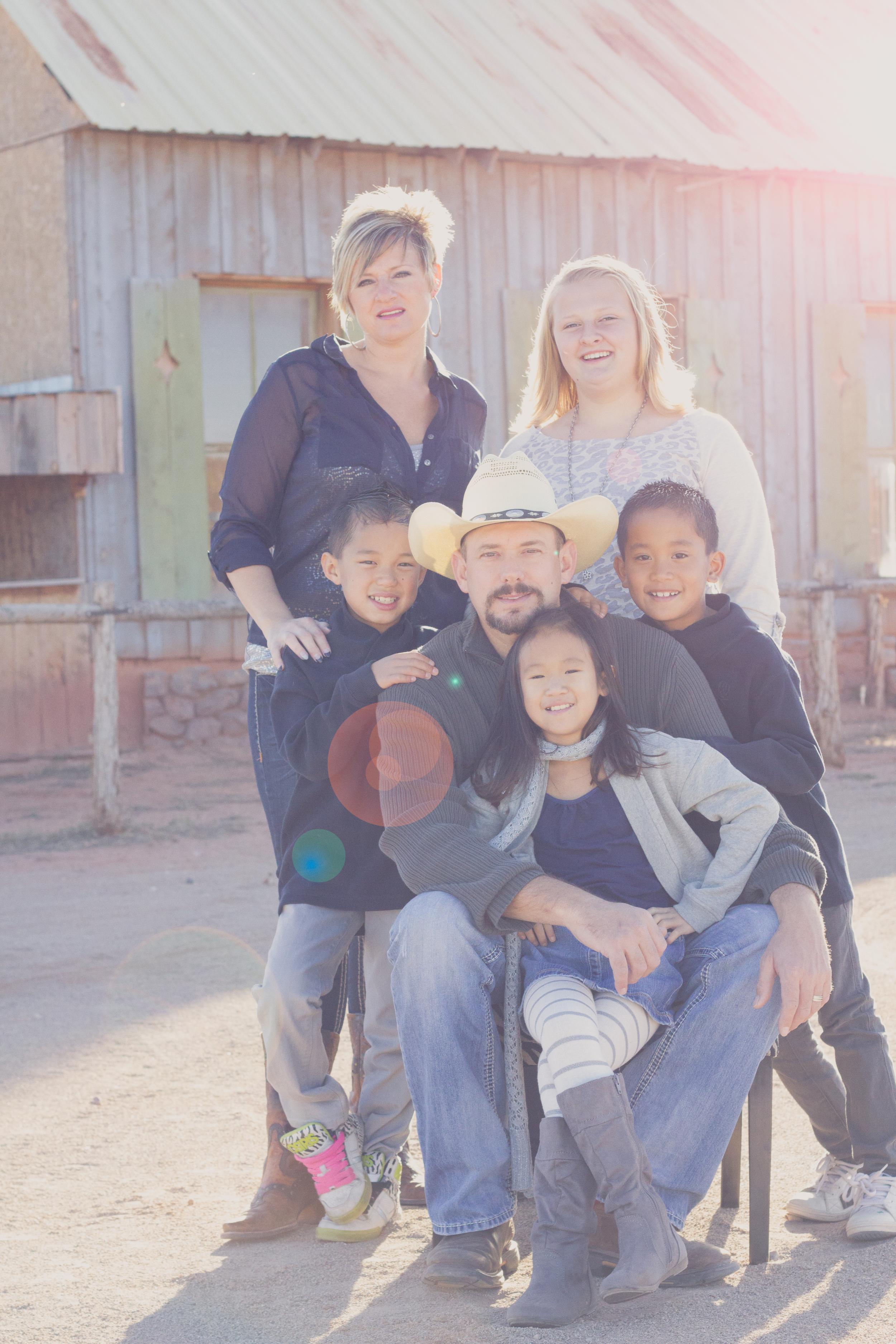 Paxman Family - Photographer: Mallory Burton