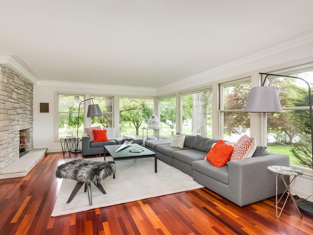 2525 France Ave S St Louis-MLS_Size-003-5-Living Room-1024x768-72dpi.jpg