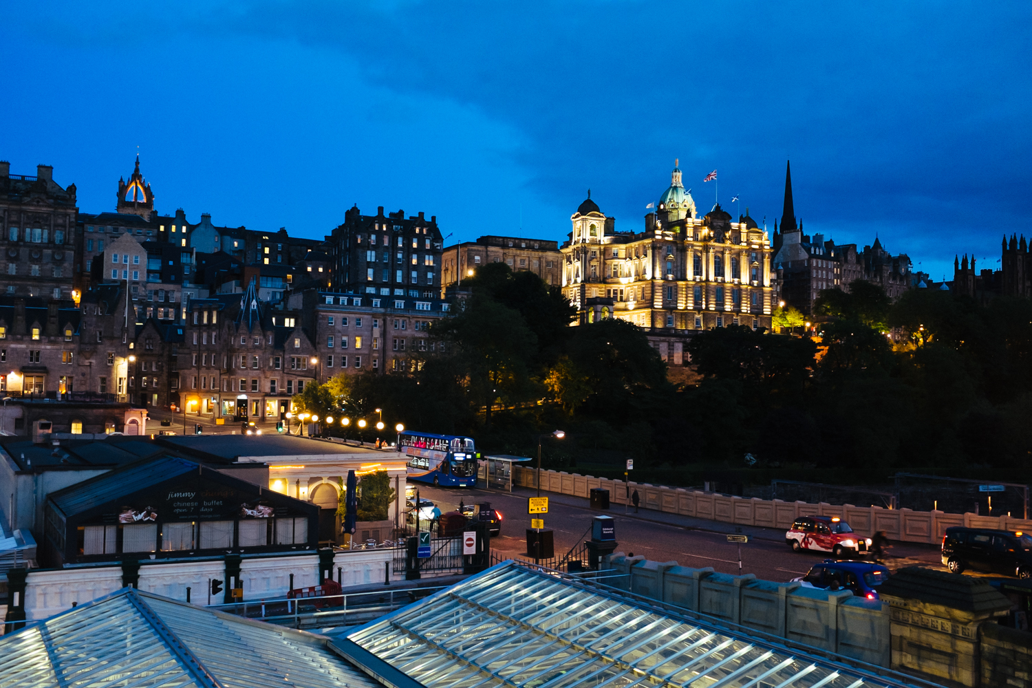 Bank of Scotland & Motel One by night