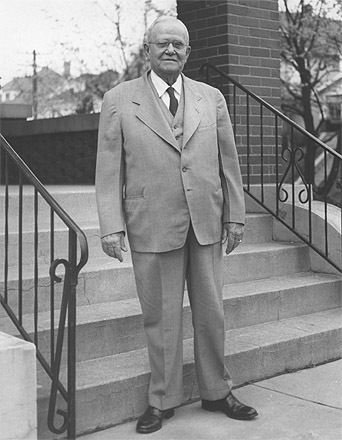 Edward G. Wellmeier in front of his Linden Avenue home in Dayton, Ohio, Easter Sunday, April 18, 1954