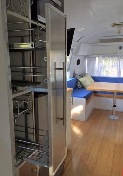Slide out side cabinet