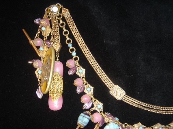 Pink & Aqua detail