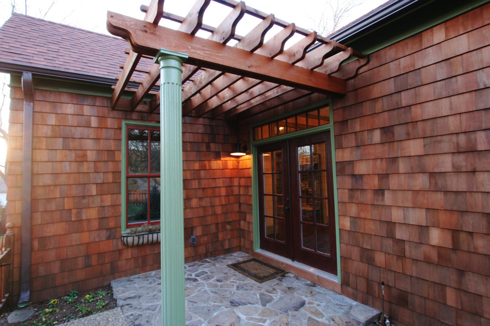 front patio pic 9.jpg