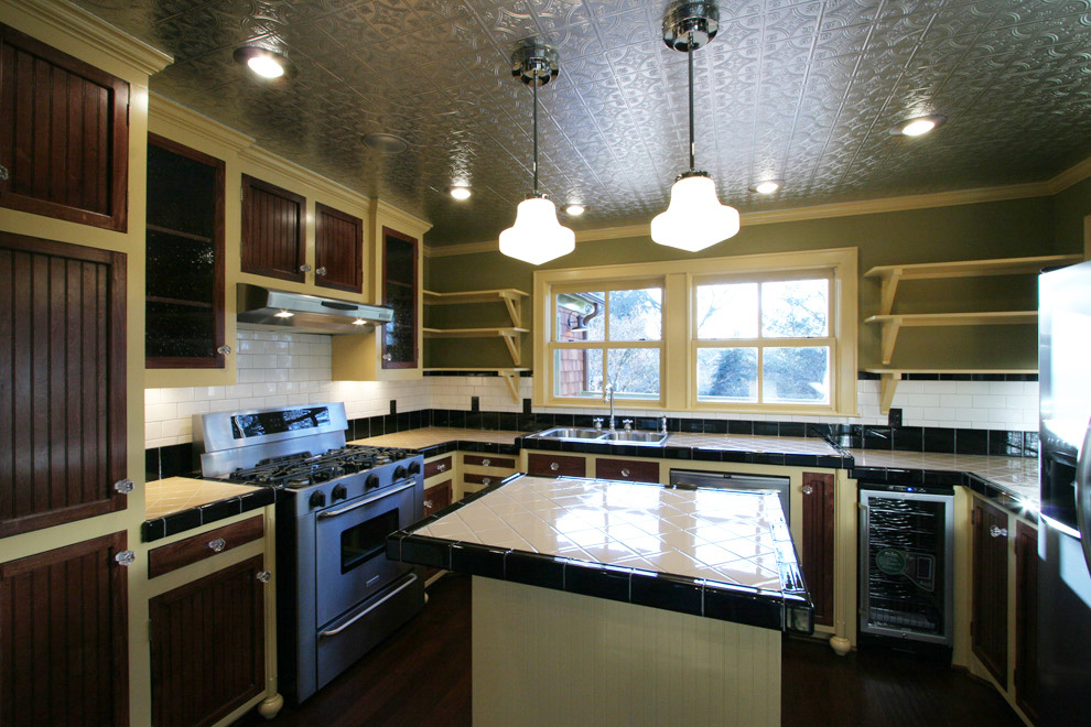 kitchen pic 6.jpg