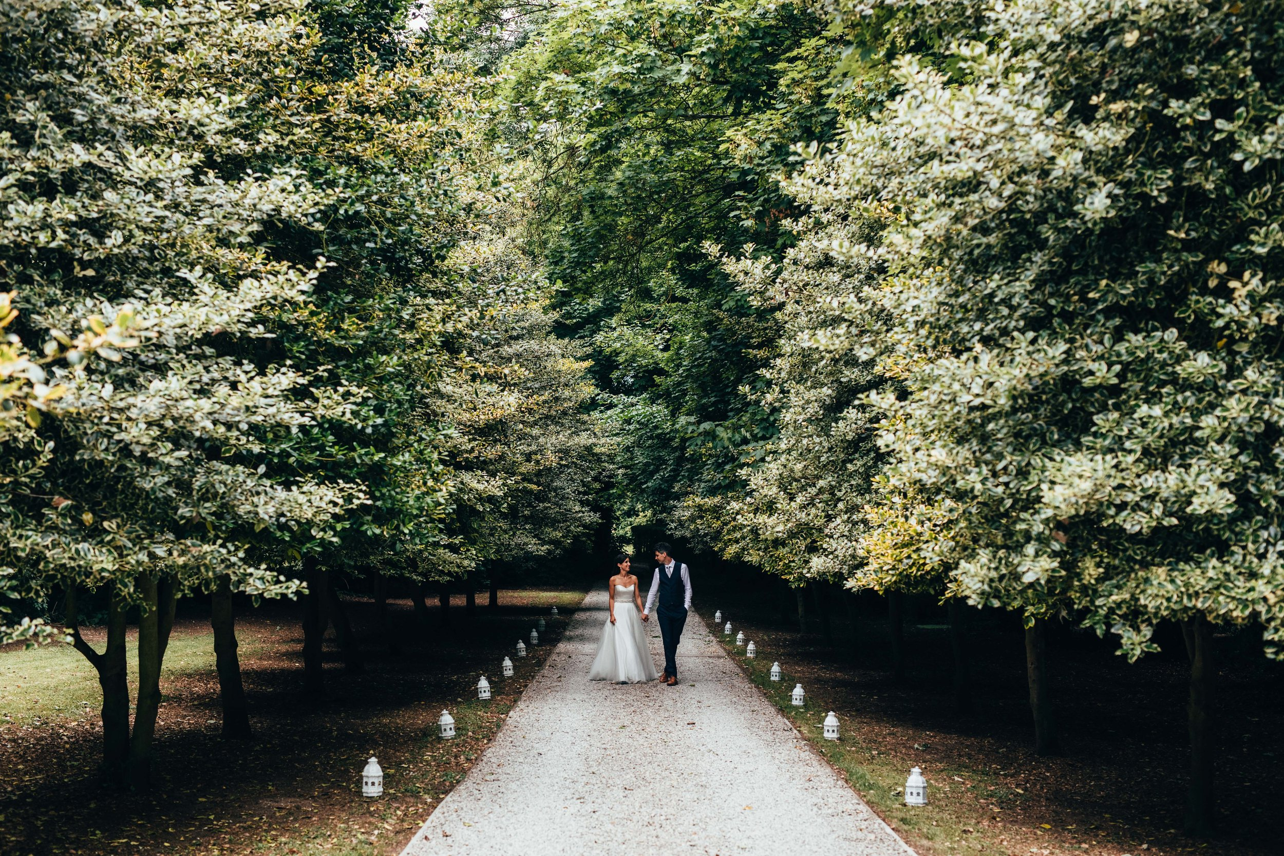 woodland forest in Kent wedding 2020 documentary photography