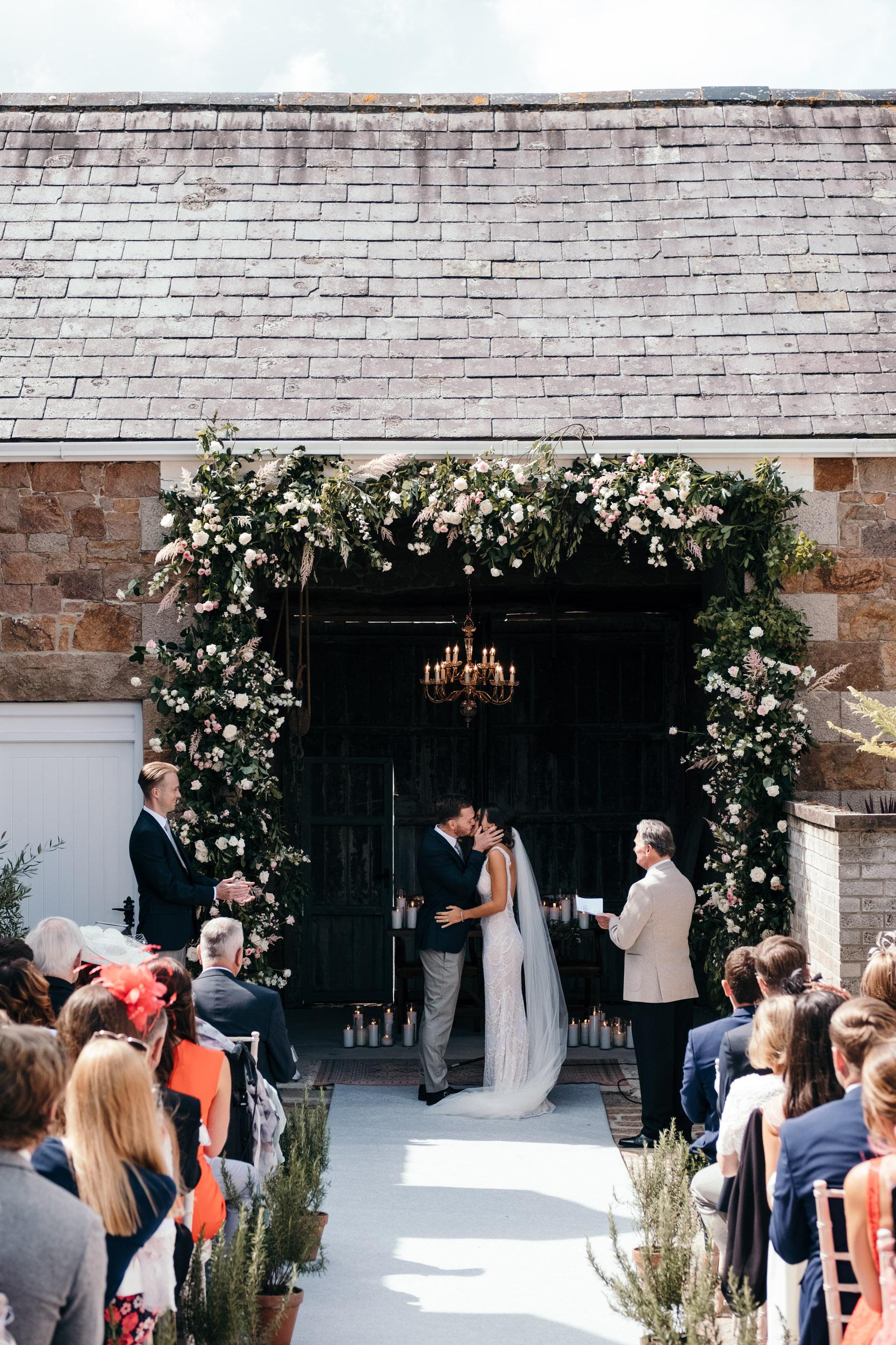 Wedding Folio 2019_0167.jpg
