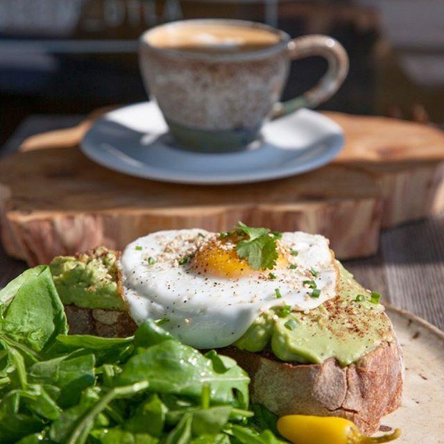 Good morning #healthyfood #cowcafe #southparkdtla #eggandtoast #espresso