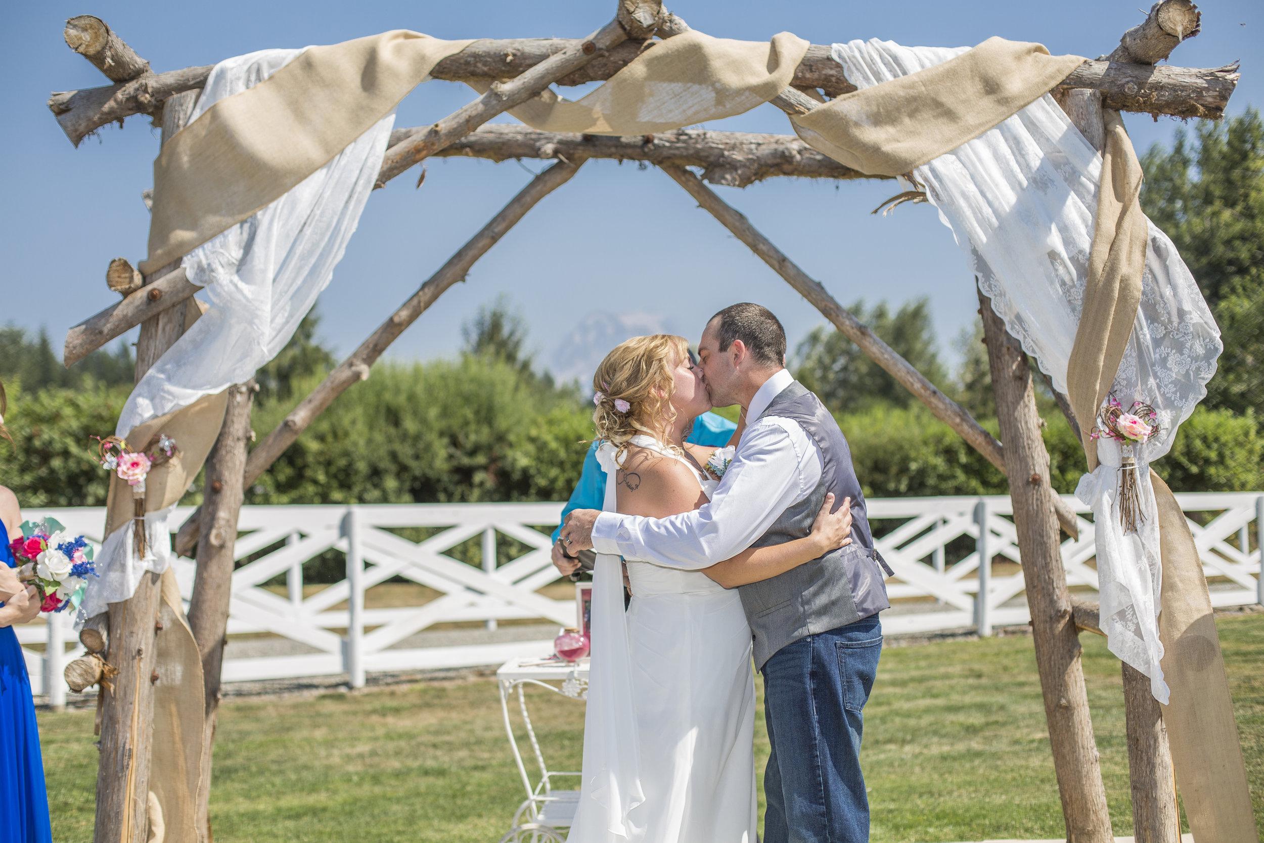 Seattle-Tacoma-Wedding-Photographer-Jaeda-Reed-JR08.jpg