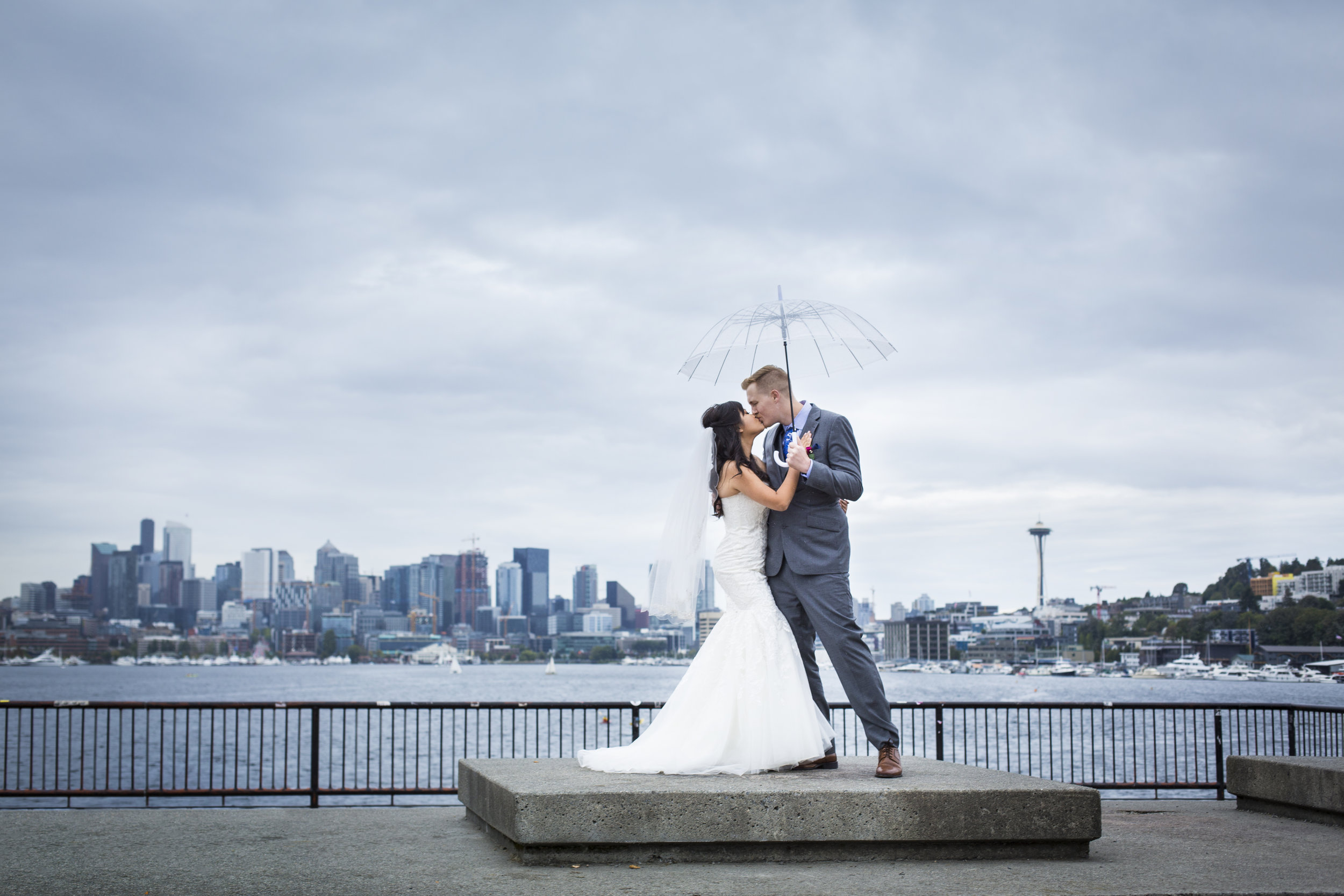 Seattle-Tacoma-Wedding-Photographer-Jaeda-Reed-ClDu01.jpg