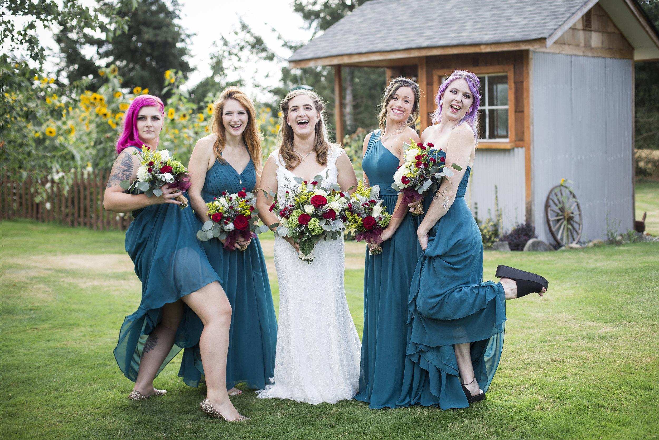 Seattle-Tacoma-Wedding-Photographer-Jaeda-Reed-Fall-Glenwood-Tree-Farm-08.jpg