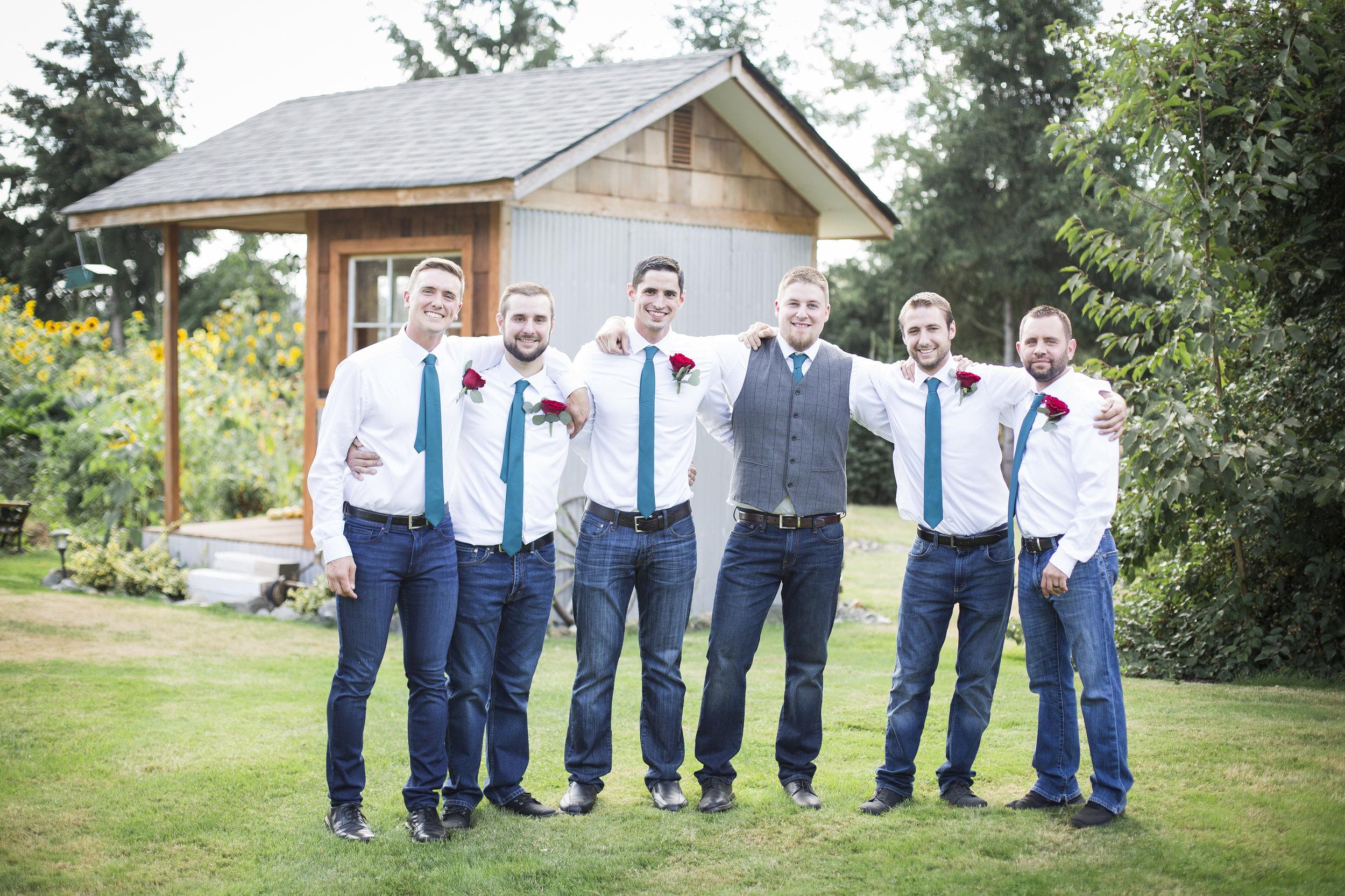 Seattle-Tacoma-Wedding-Photographer-Jaeda-Reed-Fall-Glenwood-Tree-Farm-09.jpg