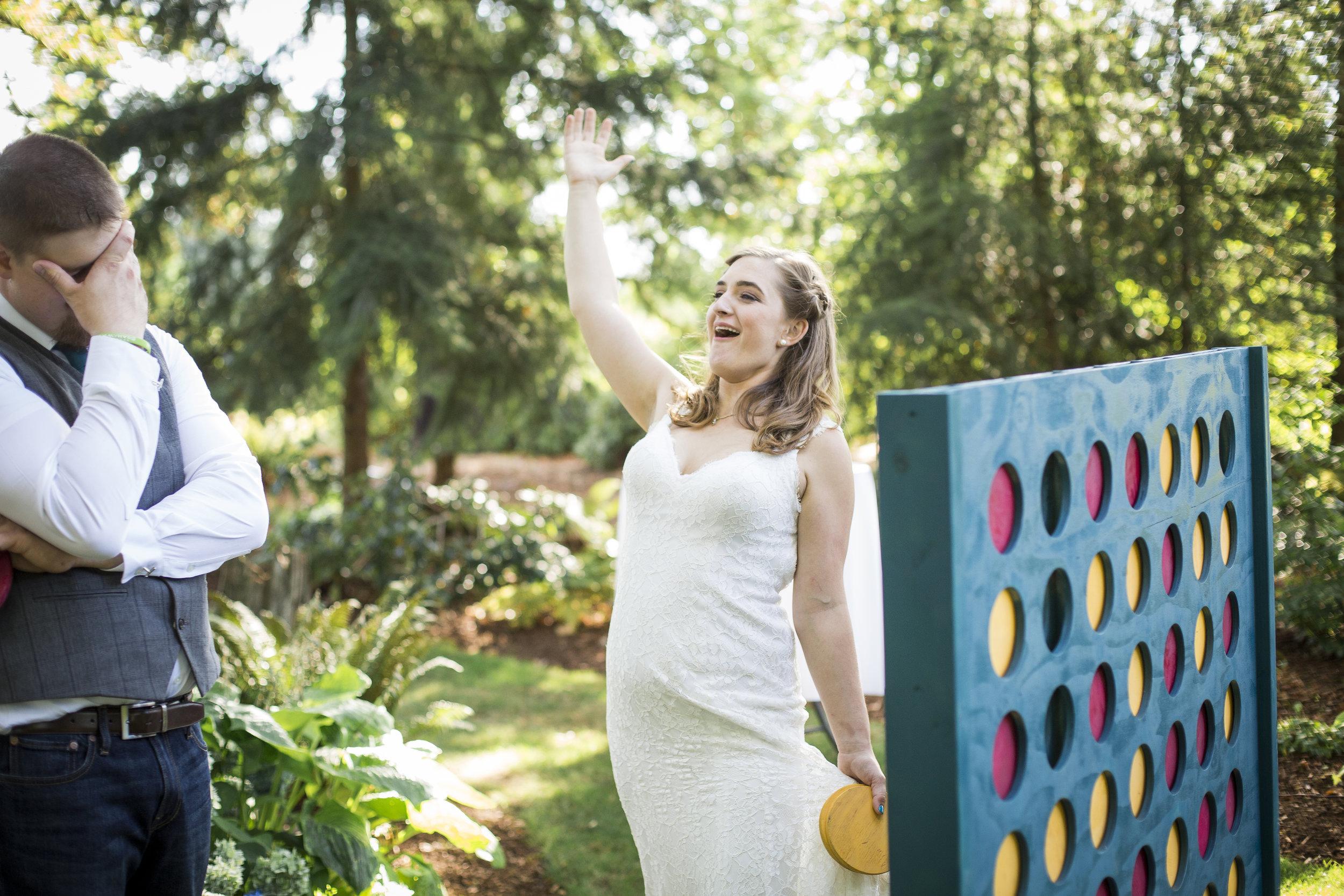 Seattle-Tacoma-Wedding-Photographer-Jaeda-Reed-Fall-Glenwood-Tree-Farm-14.jpg