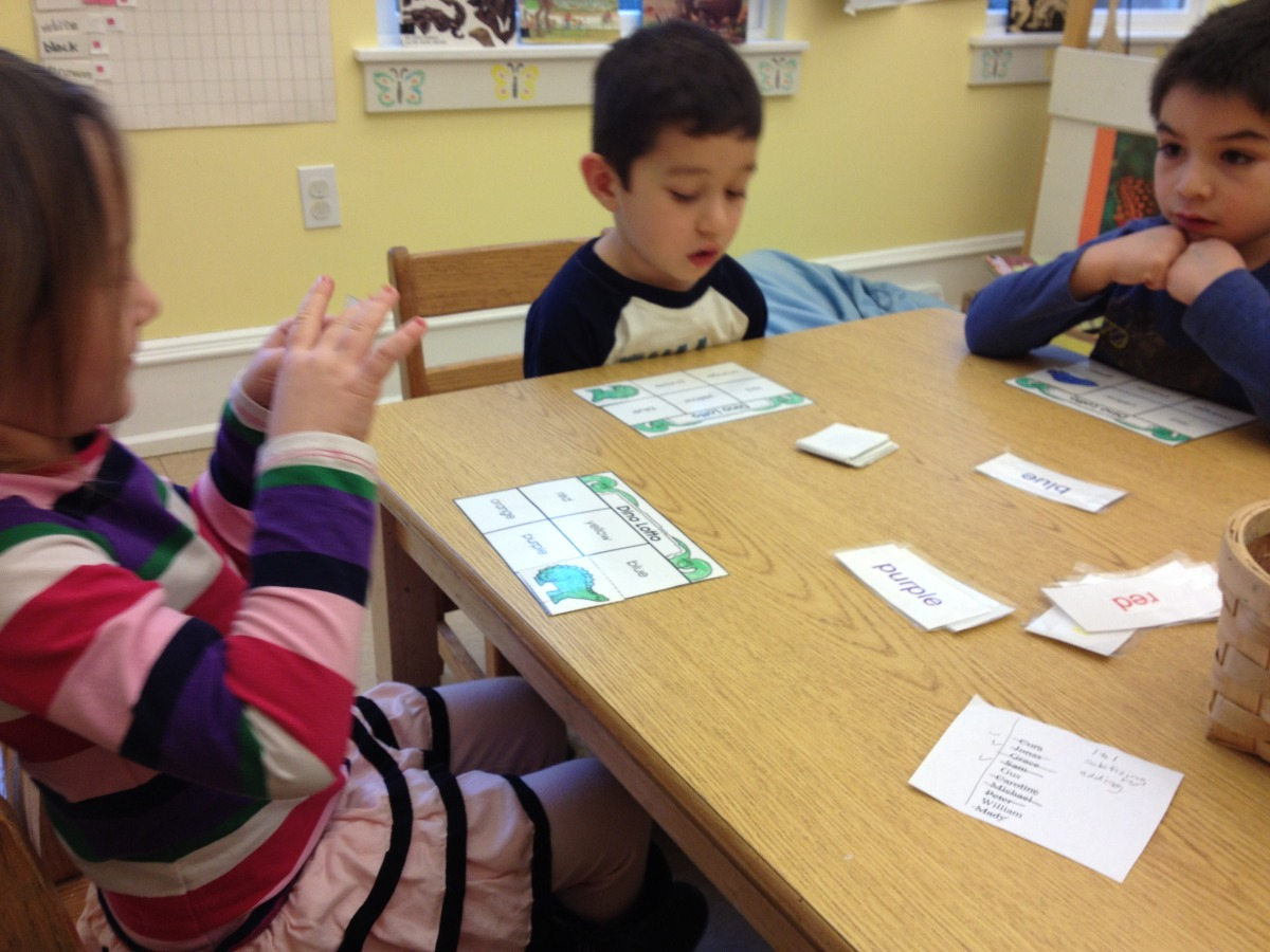 playing the dino color word game