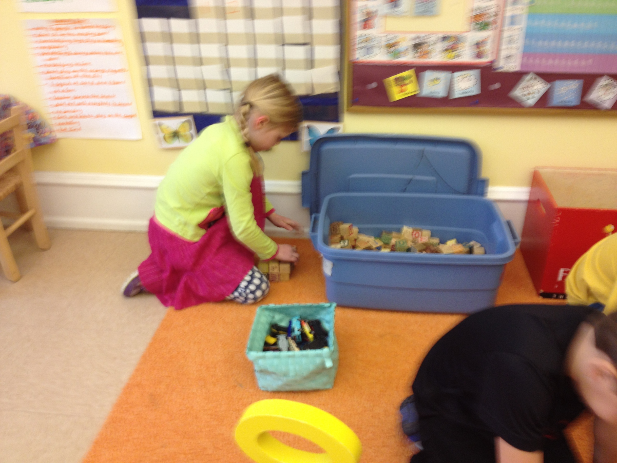 building with the letter blocks