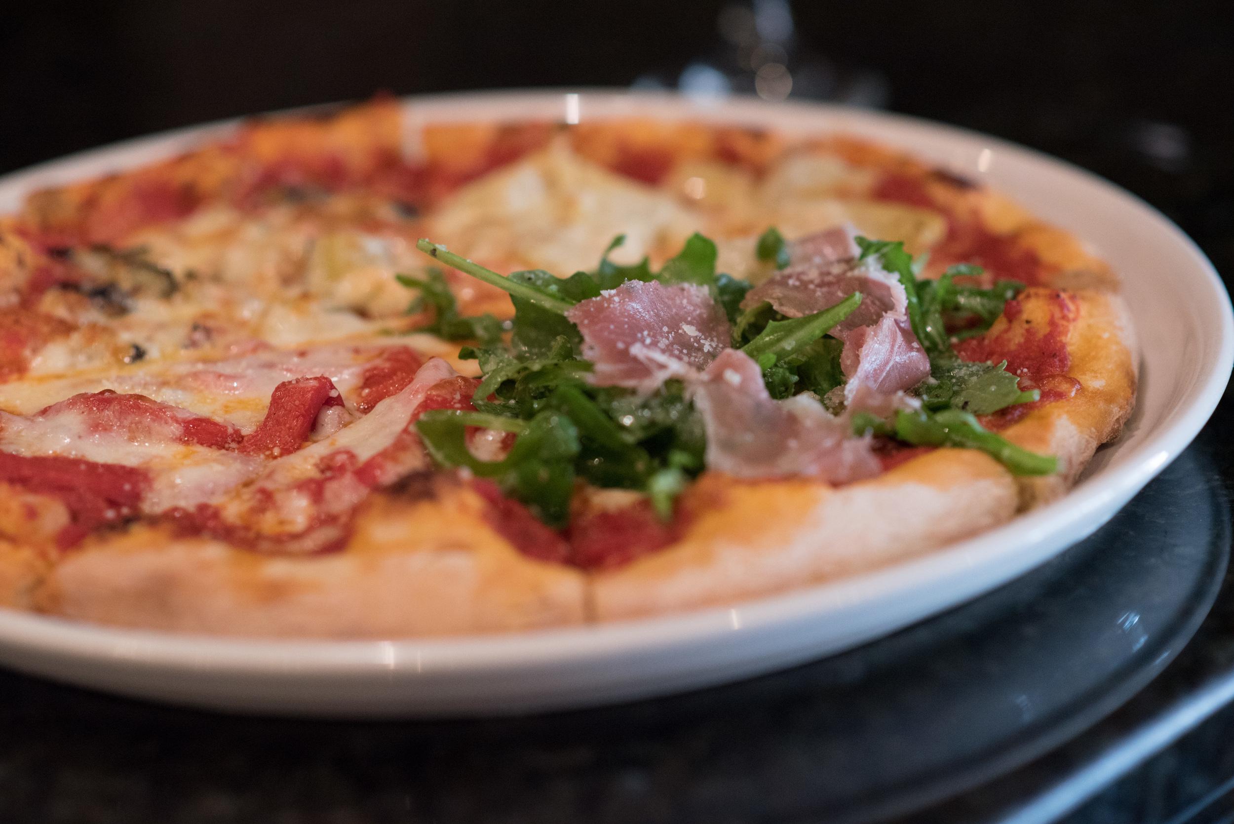 Pizza Alla Quattro Stagioni