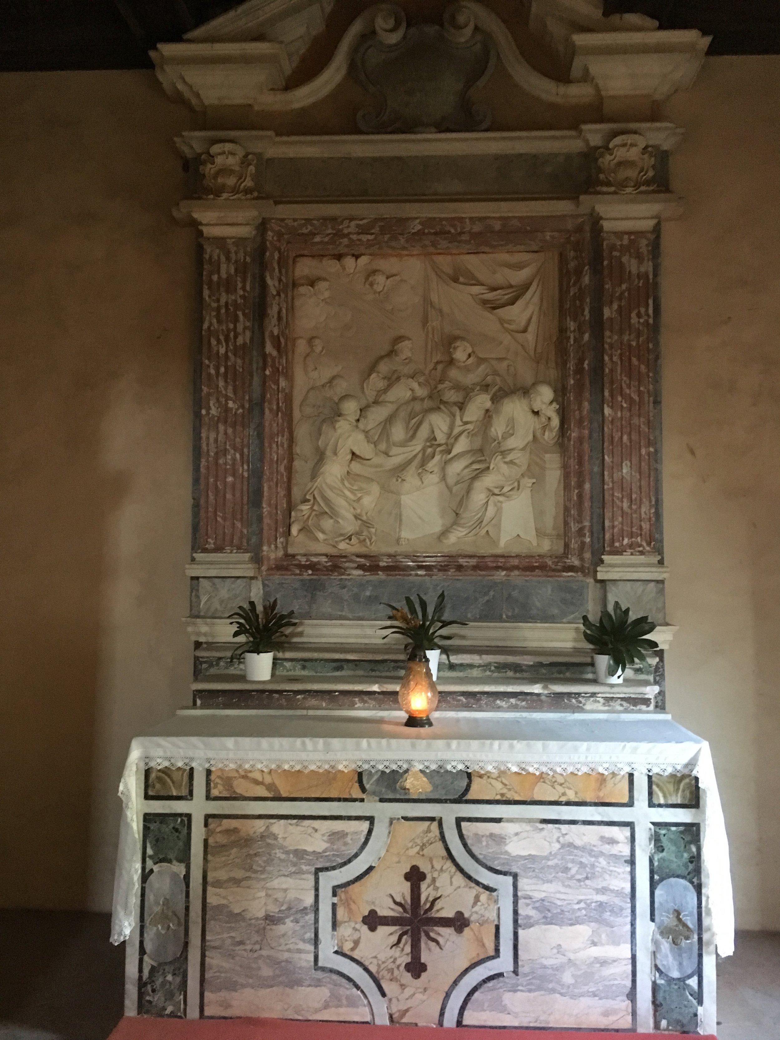Fossanova Altar.jpg
