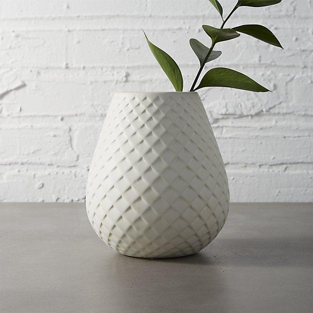 mamba-white-vase.jpg