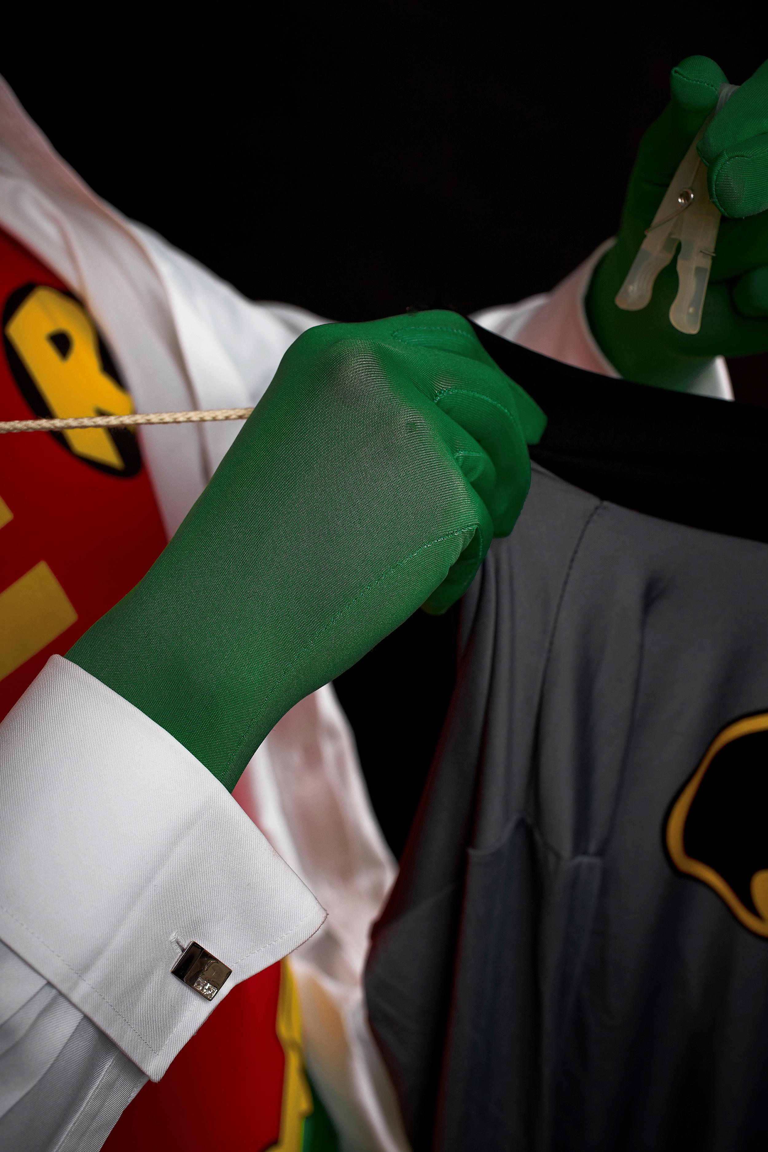 guyandmax_superheroes_cufflinks_crease_6719-002.jpg