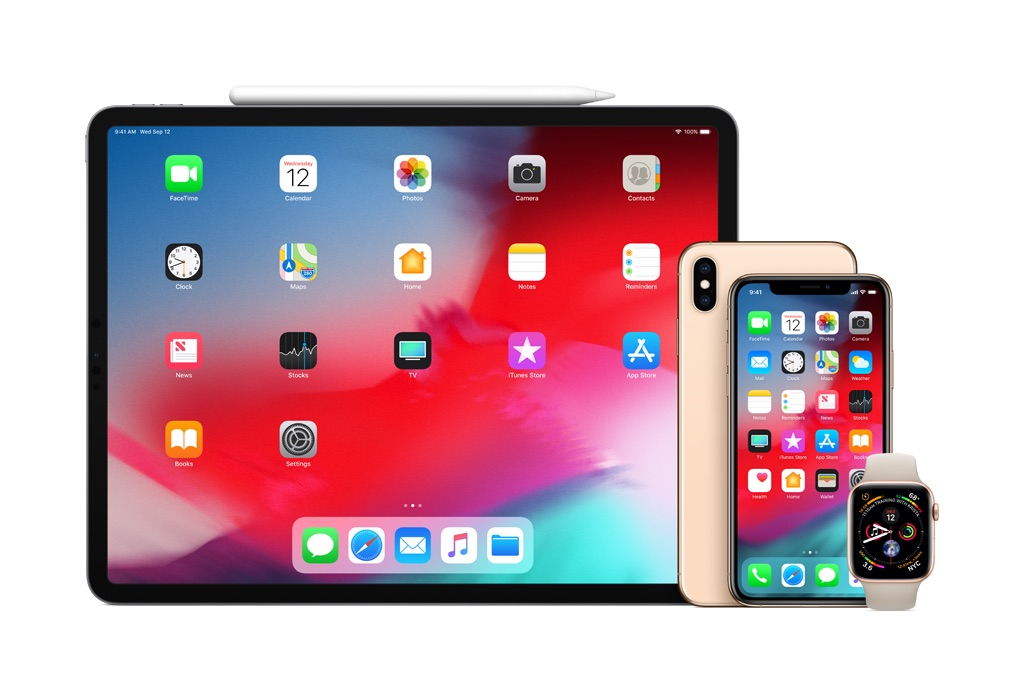 MultiProduct_Superlockup_iPadPro13_iPhoneXS_AppleWatch_US-EN-SCREEN.jpg