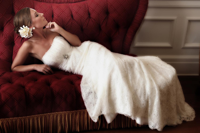 Rick-Ferro-Bridal-Glamour-Pose.jpg
