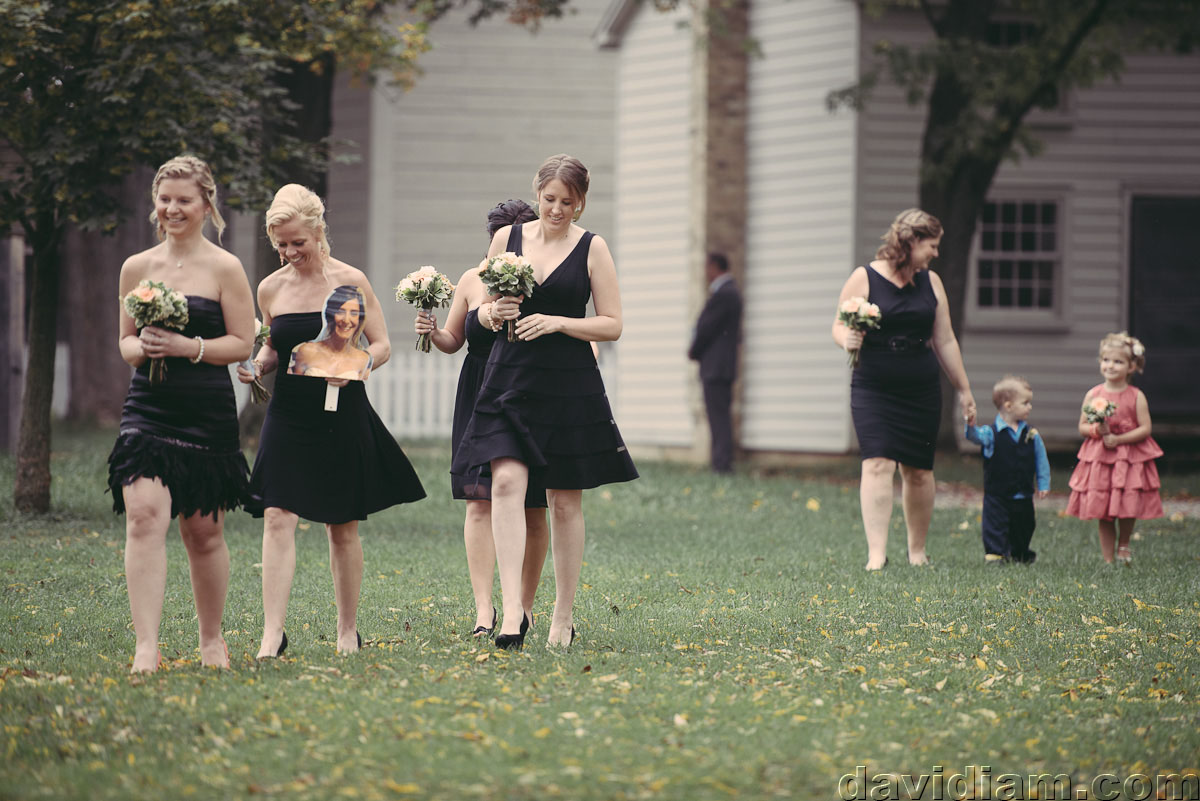 Pioneer-Villiage-London-Wedding-Photographer-025.jpg