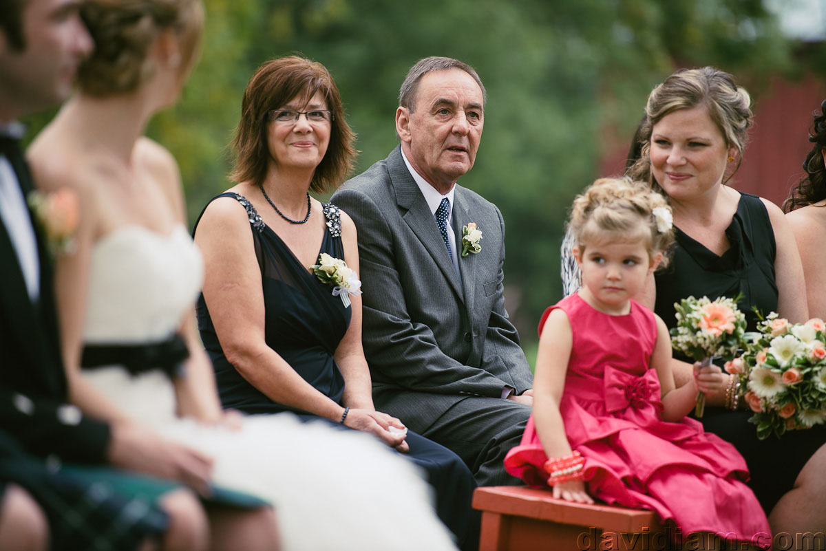 Pioneer-Villiage-London-Wedding-Photographer-033.jpg