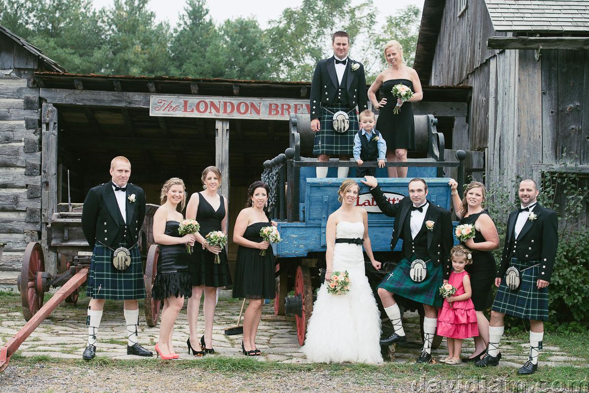 Pioneer-Villiage-London-Wedding-Photographer-045.jpg