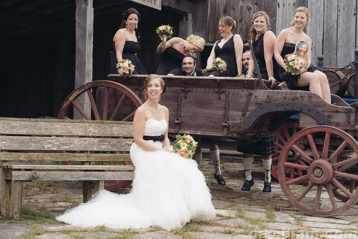Pioneer-Villiage-London-Wedding-Photographer-049.jpg