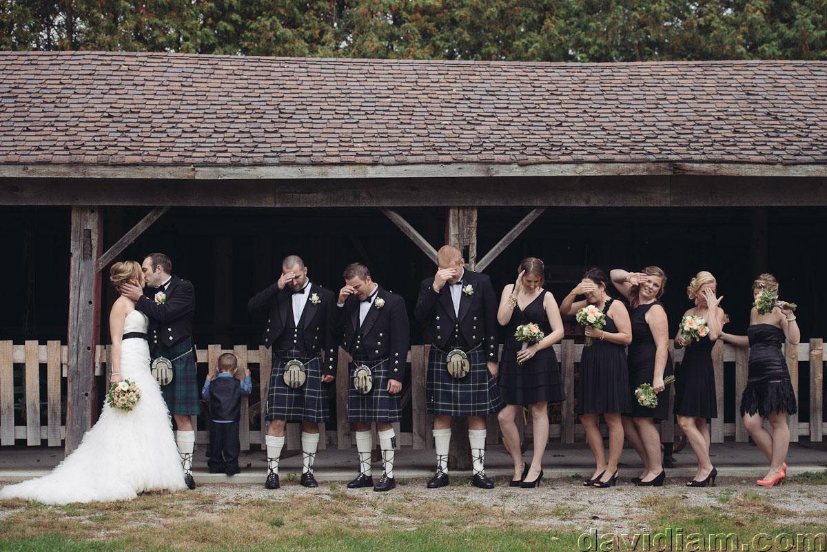 Pioneer-Villiage-London-Wedding-Photographer-053.jpg
